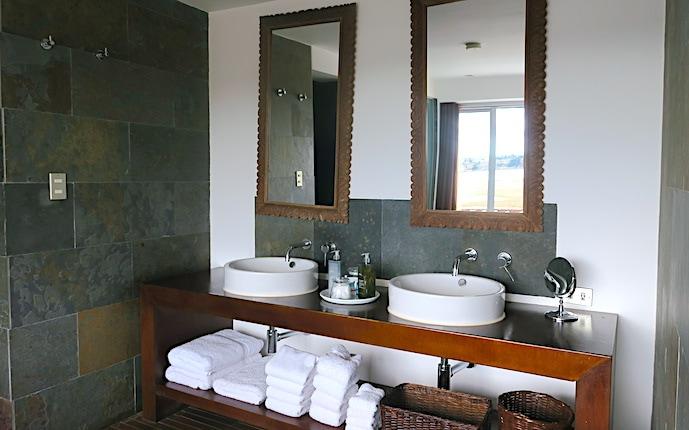 ティティラカの洗面所