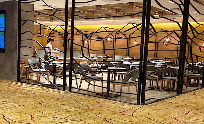 チャンギ空港内レストラン画像