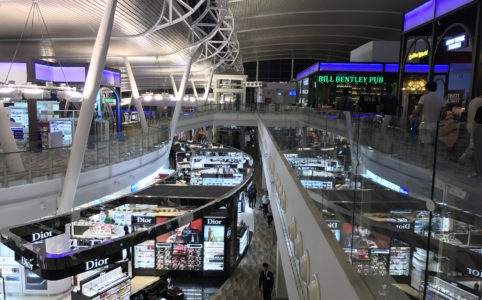 プーケット空港国際線の画像