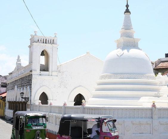 ゴール旧市街の寺院