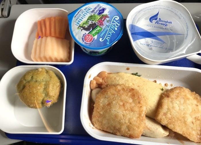 バンコクエアウェイズ機内の食事