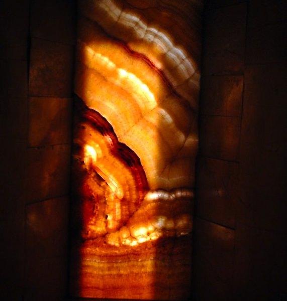 琥珀の窓の画像