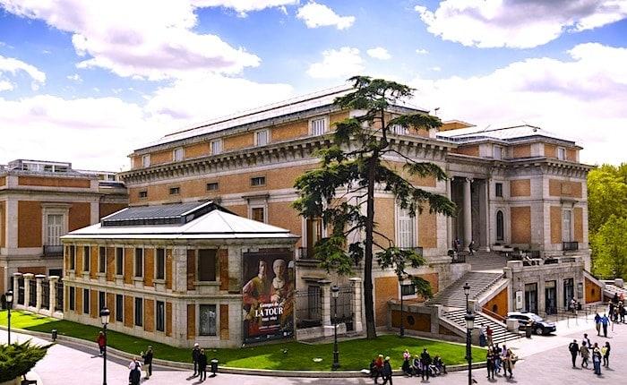 プラド美術館外観