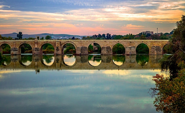 ローマ橋の夕景画像
