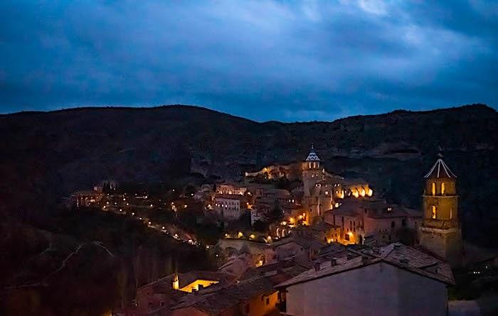 アルバラシンの夜景画像