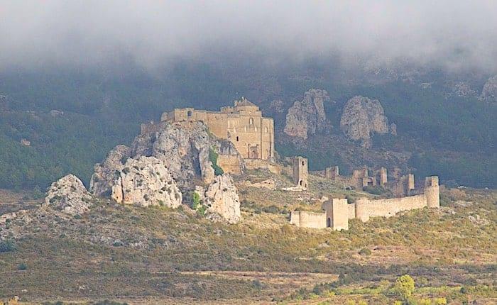 ロアーレ城の遠景画像