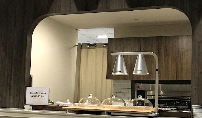 ラウンジの調理カウンターの画像
