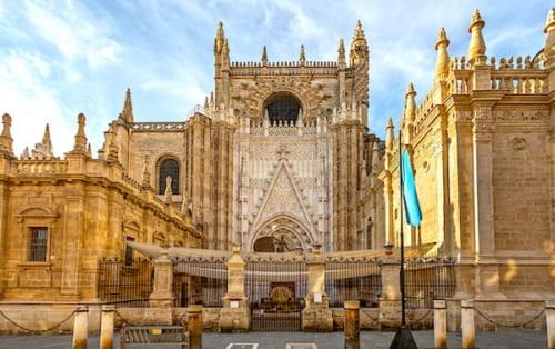 セビリア大聖堂の入り口画像