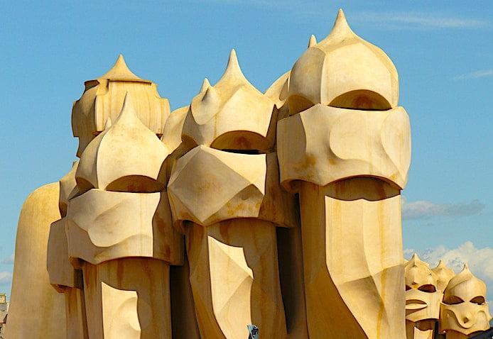 カサミラ屋上のローマ兵のオブジェ画像